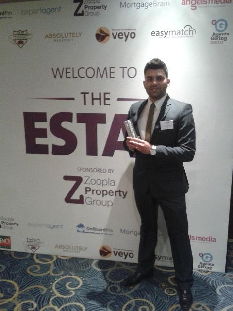 ESTAS_SteveSanashee with the Award_crop